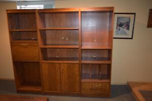 Bibliothèque sectionnelle à vendre