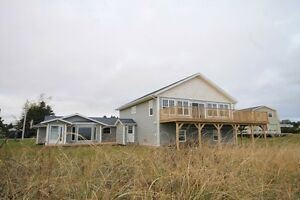 Waterfront Beach House with attached Cottage (Souris,PEI)