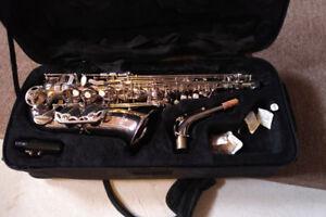 Cecilio Saxophone with case