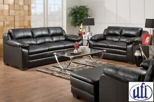 Brand new leather sofa and loveseat set! Only $1098!!