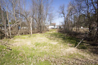 Great sized lot in Clarence- Rockland -Great Deal-CLOSE TO WATER