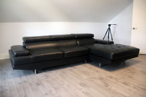BLACK MODERN SOFA WITH CHAISE LOUNGE