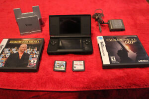 Nintendo DS lite 4 games charger and dock