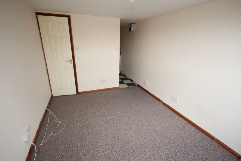 1 Bedroom Flat In Beech Hill Court 240 242 Dunstable Road