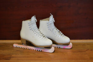 Ladies Jackson Figure skates, size 6,5