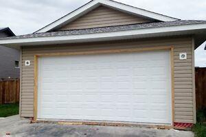 $578.00 - 16 x 8 GARAGE DOOR FOR SALE!!!!!