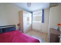 ST**Modern Accommodation+Living Room£150