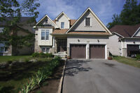 Home For Sale in Wasaga Beach