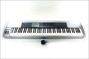 Piano M Audio prokeys 88 touches