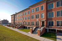 STUDENT ROOM - DC/UOIT TOWNHOUSES