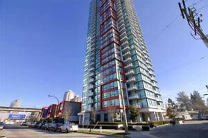 Looking for female roommate _Metrotown 2bedroom 2bath apartment