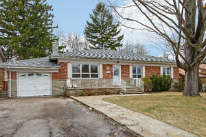 RARE RANCH BUNGALOW FOR SALE IN DESIRED LOCALE OF CLIFFCREST