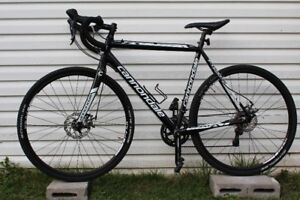 Cannondale Road Bike (56 cm)