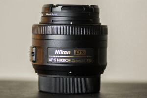 Nikon 35mm Lens - MINT CONDITION