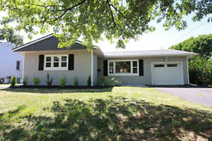 GORGEOUS BUNGALOW IN WELLAND...