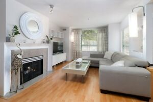 CENTRALY LOCATED & Beautifully renovated 3 bdrm townhouse