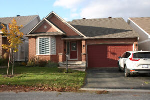A single house for rent in Barrhaven