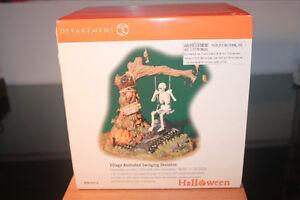 Department 56 – Village d'Halloween - Swinging Skeleton West Island Greater Montréal image 2