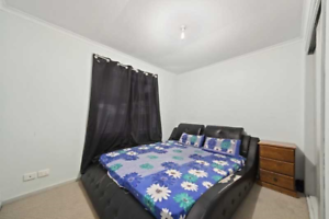 house for rent in hoppers crossing walking distance to train station