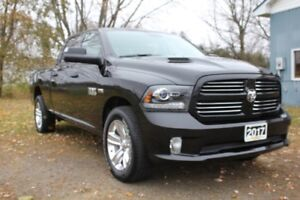 2017 Ram 1500 Sport 4x4 |LOW KMS | One-Owner | Sunroof