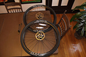 NEW Take Off ROUES CAADX Maddux CX 2.0 W/ Rotors Tires Tubes