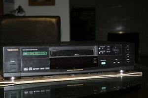 VCR Video or DVD Dual-Disc Player