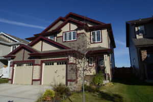 FABULOUS LOCATION!  GORGEOUS DUPLEX IN SCHONSEE!
