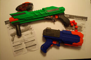 Nerf adventure force tactical strike et sentry X2.