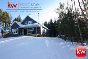 Beautiful new WATERFRONT home. 73 Wilson Rd