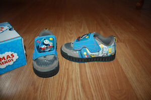 size 8 toddler Thomas and Friends sneakers Moose Jaw Regina Area image 2
