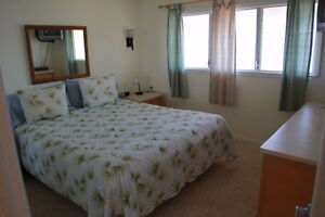 Gorgeous 2BD/2BA at Surf and Racquet