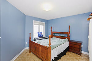4 Bedroom 2.5 Bathroom Spacious House For Rent in Brampton London Ontario image 7