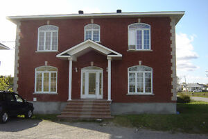GREAT LOCATION /CLEAN/ AFFORDABLE/ 2 BEDROOMS Gatineau Ottawa / Gatineau Area image 1