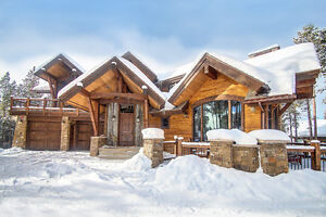 White Hill Manor 6 BDR Chalet to rent