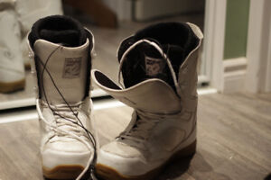 snowboard boots - bottes 9.5