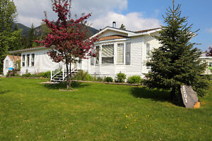 PRICE REDUCED! 3 bed 2 bath home in Sparwood