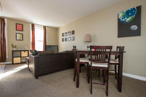 RARE ALL INCLUSIVE Student Condo in Downtown London! - 2bdrmUnit London Ontario image 3