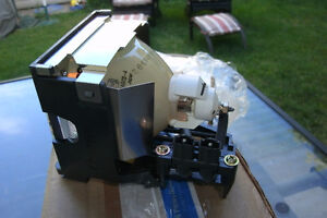 LCD PROJECTOR REPLACEMENT LAMP FOR PANASONIC HS270AR13-4