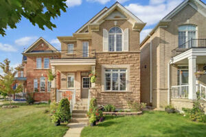 3BR +4WR BEAUTIFUL DETACHED HOUSE FOR SALE IN CORNELL MARKHAM