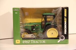 Selling John Deere Toy tractor 1/16th Collection