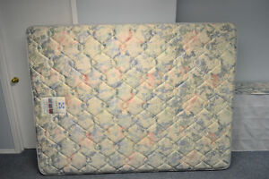 QUEEN SEALLY MATTRESS, BOXSPRING AND METAL FRAME
