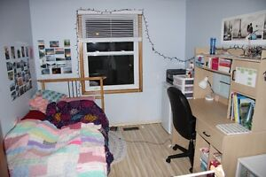Summer sublet $390/month,Furnished, All Included