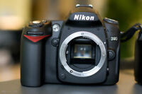 Nikon D90 with 3rd party Grip
