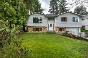 EXCELLENT FAMILY HOME IN SOUTH SURREY!