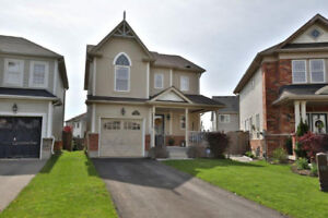 Amazing Detached Home! ID4027056