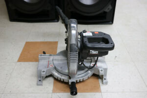 **SAW** Porter Cable 3700L 10in Compound Power Mitre Saw - 1827