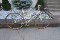 Velo/Bike Peugeot ''Lady'' Very clean,working condition.