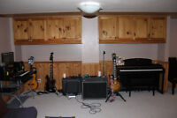 Free - I Have Equipment and a Place to Jam - Looking for Jammers