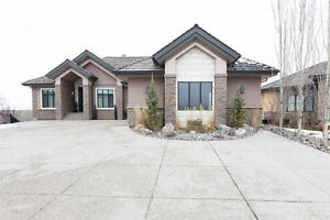 CUSTOM BUILT 5 BED W/O BUNGALOW IN KINGSWOOD