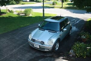 REDUCED 2006 MINI Mini Cooper Coupe (2 door)